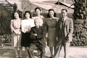 Meriko, Junko, Kane, Kumakichi, Asako, and Torayoshi Maida, 1940.